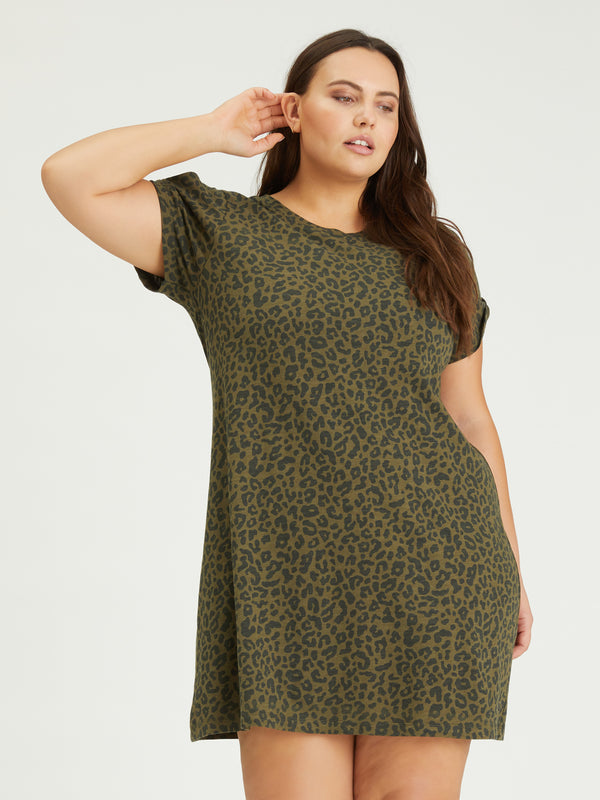 So Twisted T-Shirt Dress Camo Leo Inclusive Collection
