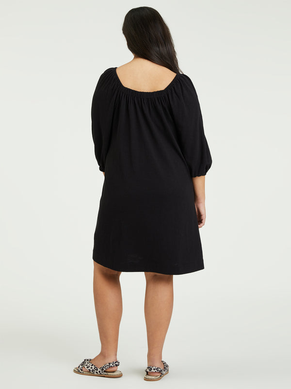 Daylight Knit Dress Black Inclusive Collection