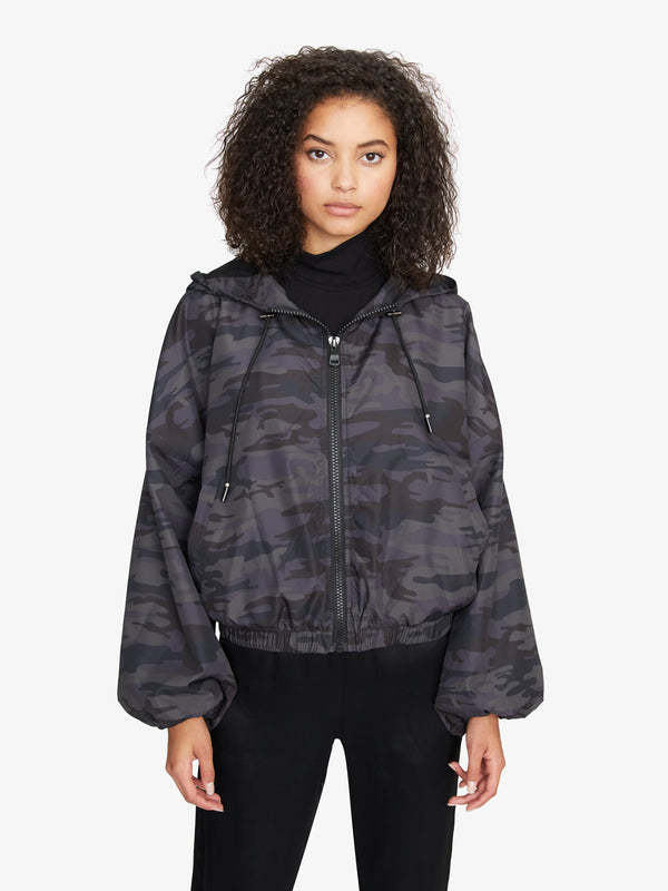 On The Run Jacket Black Camo