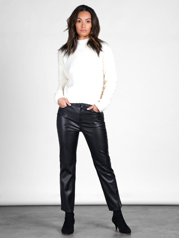 Leather Like Kick Crop Pant Black