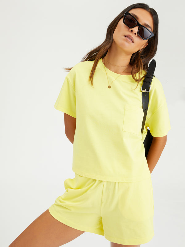 Essential One Pocket Tee Mellow Yellow