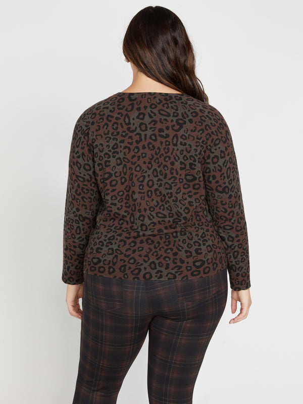 Spot On Popover Sweater Dark Leo Camo Inclusive Collection