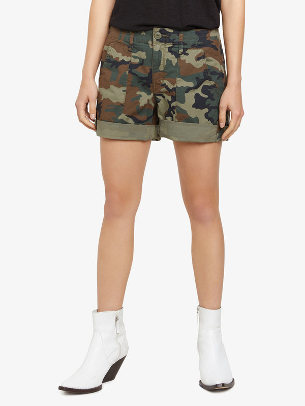 Explorer Patch Pocket Short Love Camo