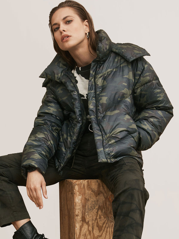 Stretch Down Jacket Camo