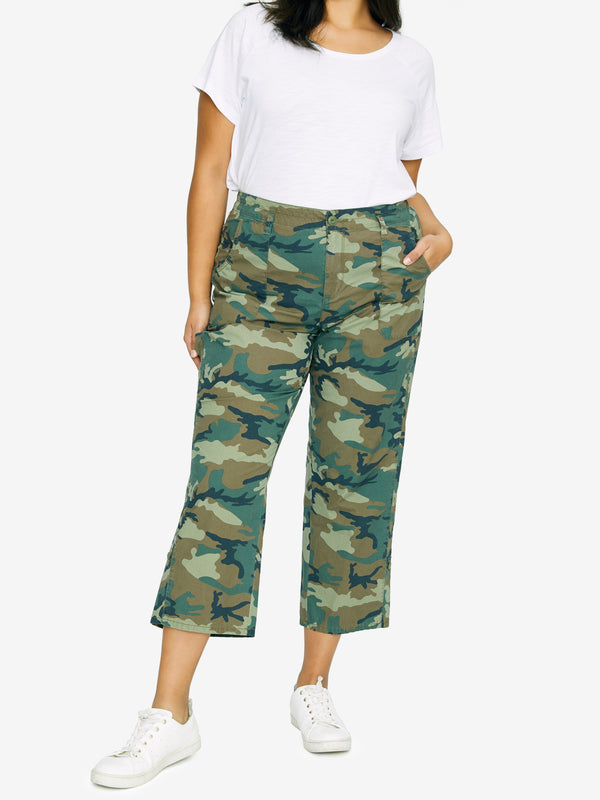 Explorer Patch Pocket Crop Pant Love Camo Inclusive Collection