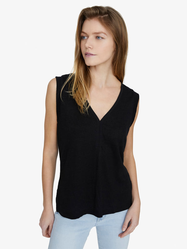 Laura V Neck Tee Black