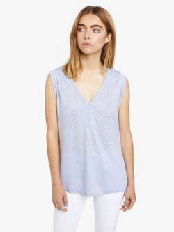 Laura V Neck Tee Periwink