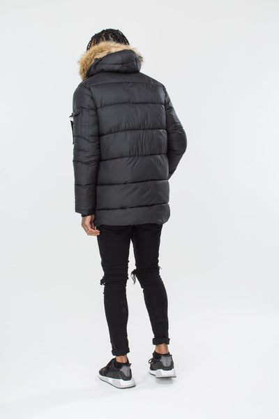 HYPE Black Puffer Explorer