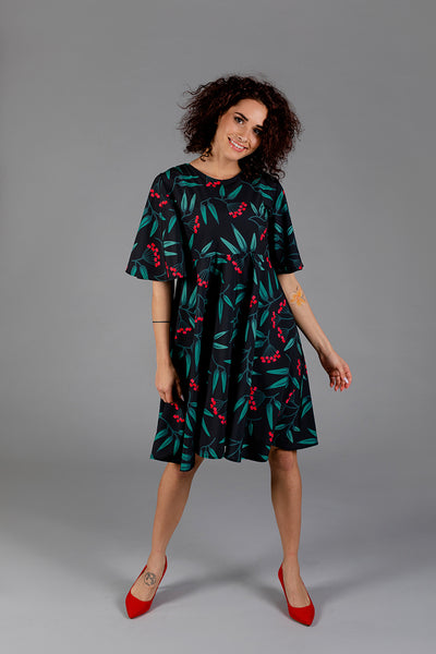 Dress with Rowan Print / Red berries
