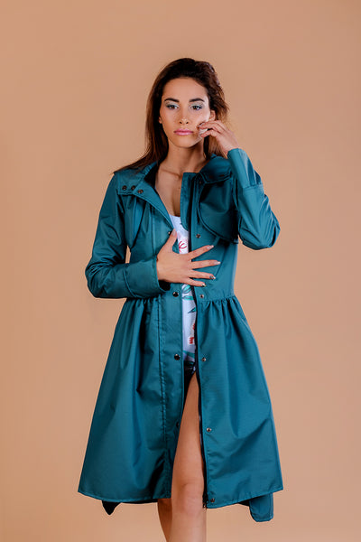 Gray - Green raincoat / Tale