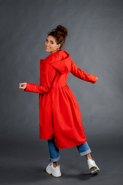 Red raincoat / Tale