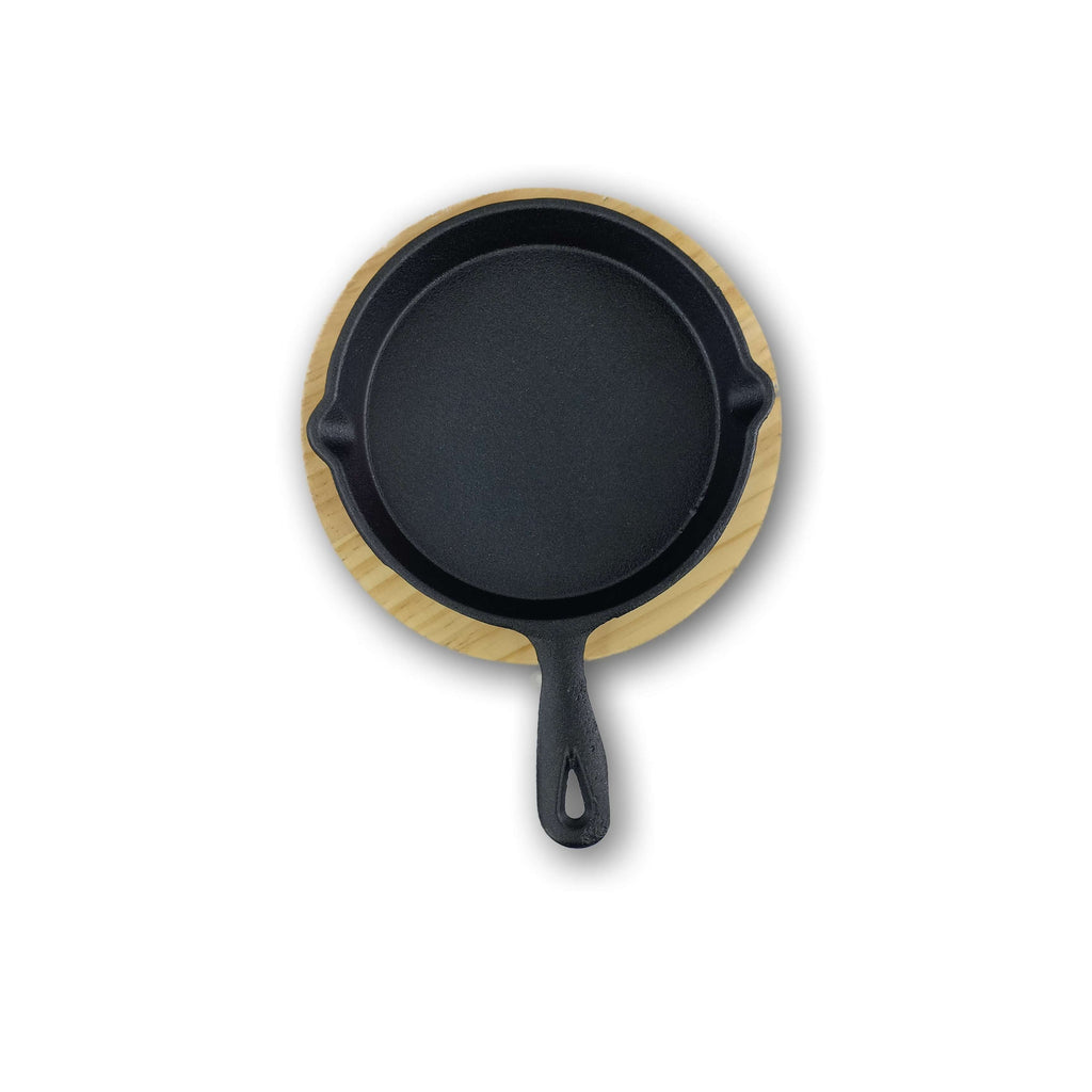 IrCas Cast Iron Round Pan with Wooden Tray, Dia 14.0 Cm, Height 2.5 Cm, Weight 0.75 Kg,DINNERWARE & COOKWARE,HyperMarketsUAE