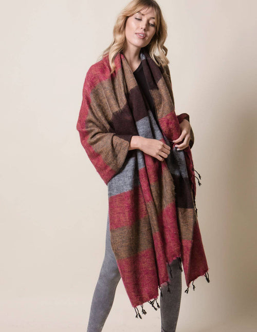 Himalayan Yak Wool Large Wrap - Chestnut