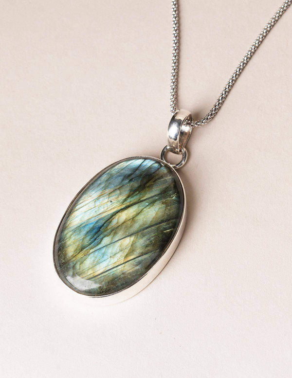 Labradorite Oval Pendant Necklace - 30 inch Chain