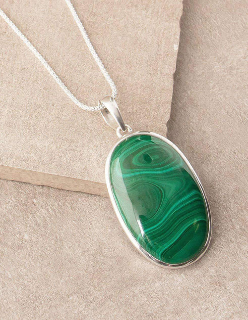 Malachite Oval Pendant Necklace