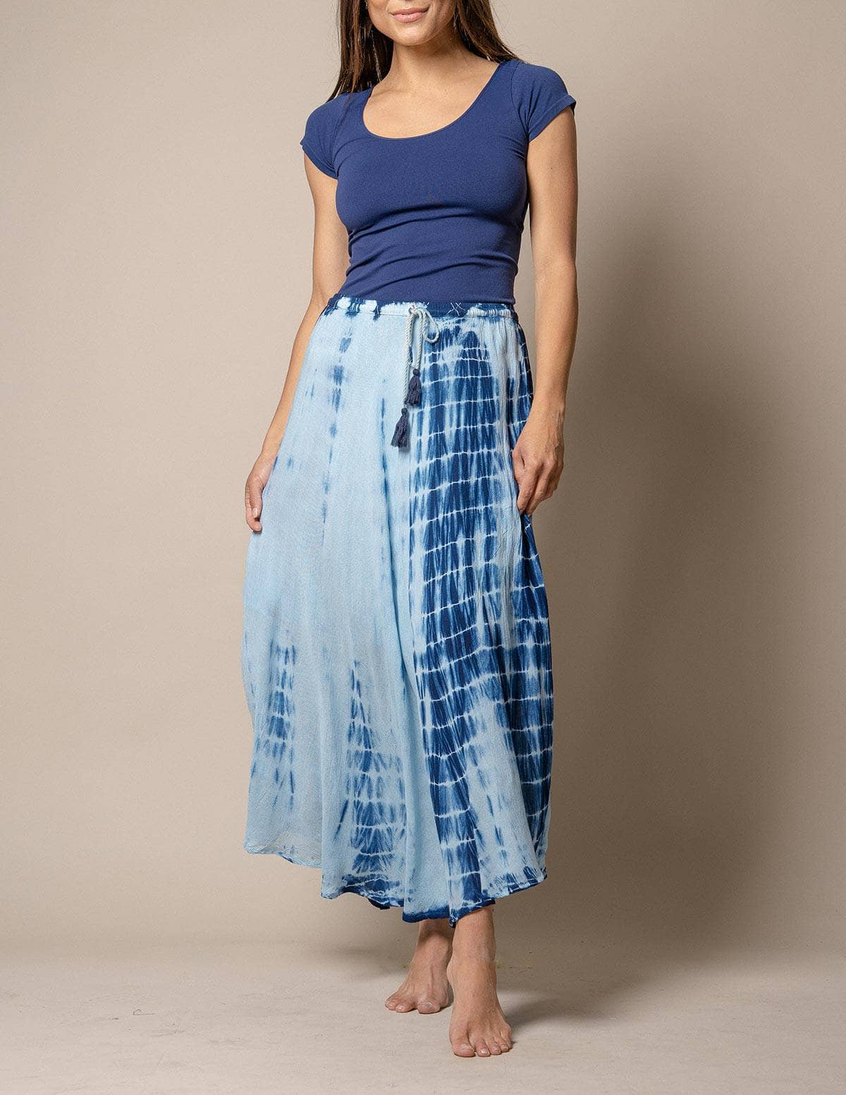 Tie-Dye Women/'s Skirt Size Large Blue Turquoise Tan Handmade with Embroidery Long Skirt