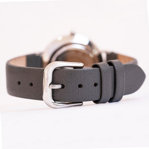 Hermera | grey leather strap | Dorsya