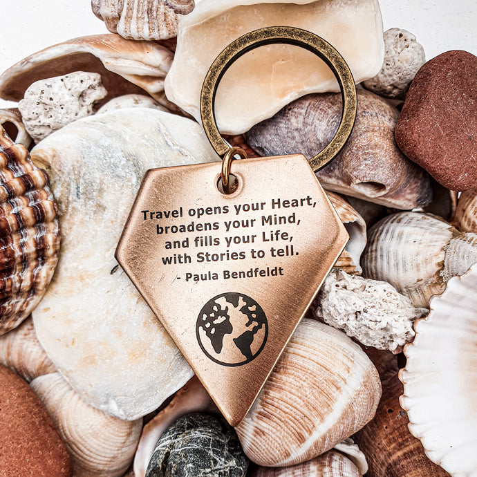 Keychain | Travel accessory | Keyring | Dorsya | quote keyring - open mind and heart