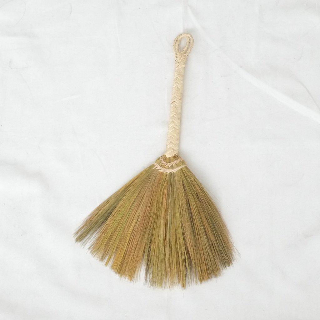 Nueva Hand Broom - aequem sustainable fashion - organic - recycled - upcycled