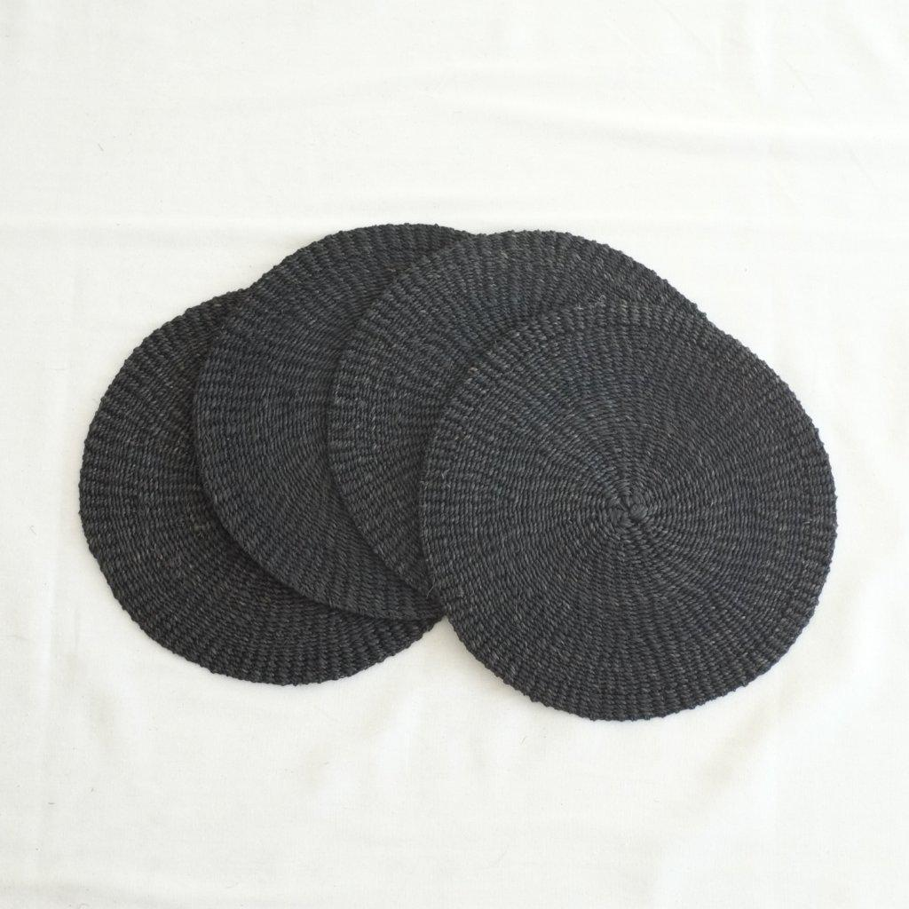 Abaca Round Placemat (Set of 4) - Black - aequem sustainable fashion - organic - recycled - upcycled