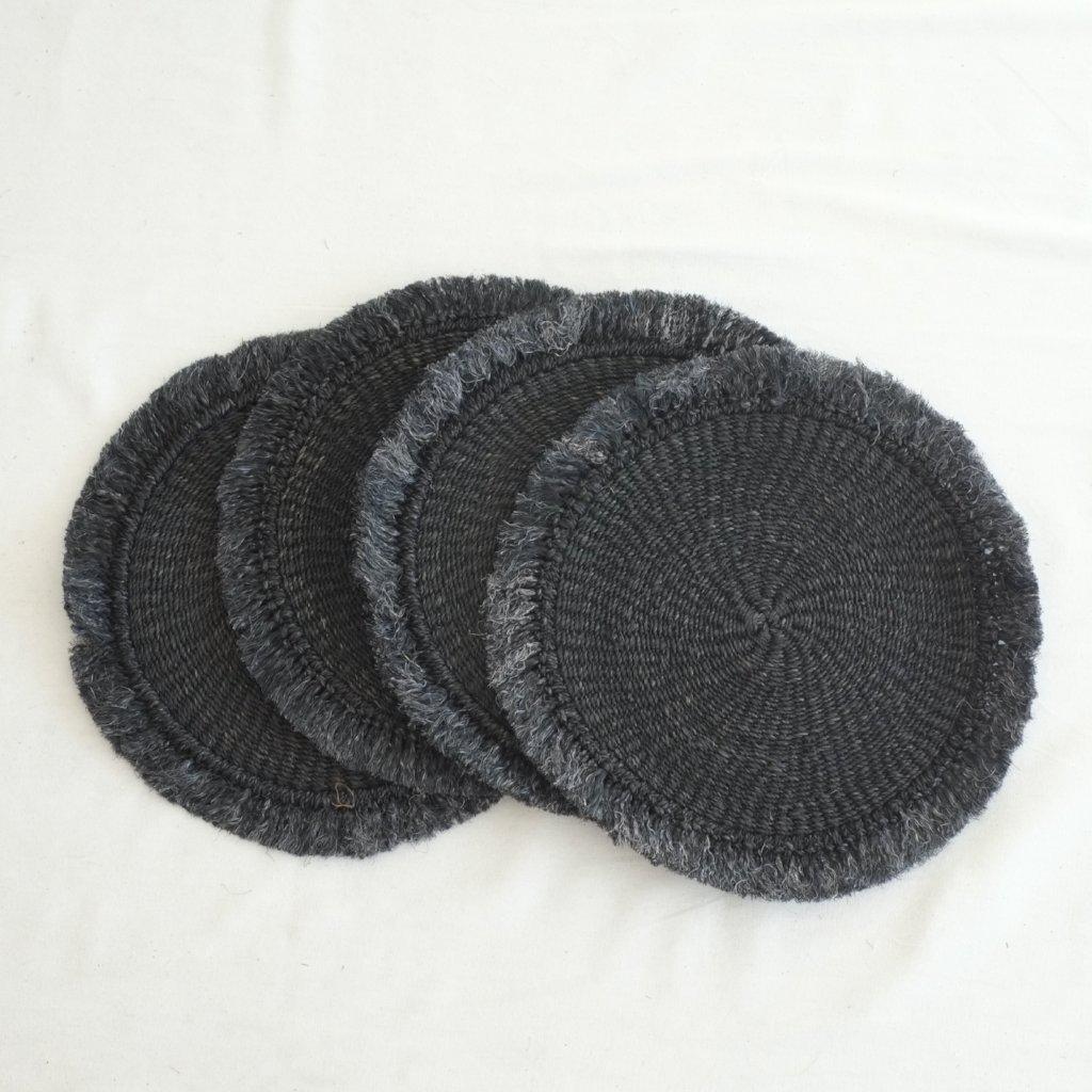 Abaca Fringed Placemat (Set of 4) - Black - aequem sustainable fashion - organic - recycled - upcycled