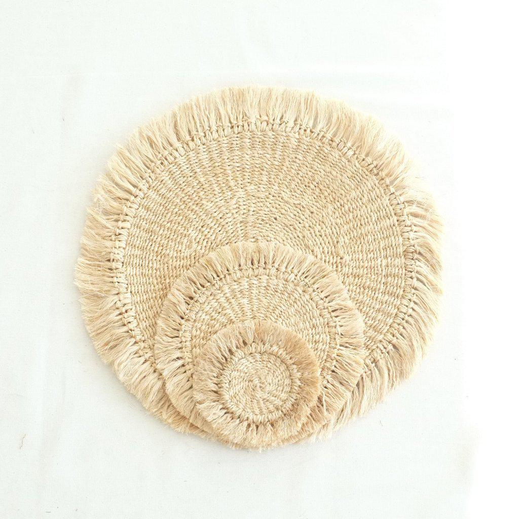 Abaca Fringed Placemat (Set of 4) - Natural - aequem sustainable fashion - organic - recycled - upcycled