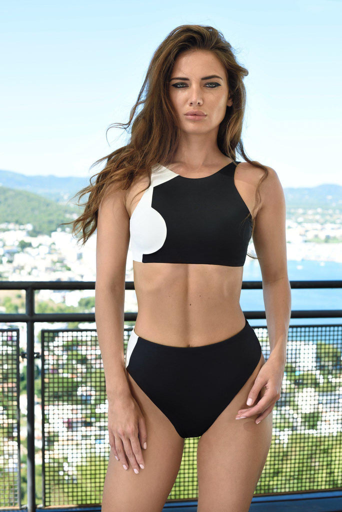 Aequem.com Shop Women's Ethical Fashion & Women's Sustainable Fashion Banda Bikini in Black and White-Bikini Sets-WeAreNativ (UK)