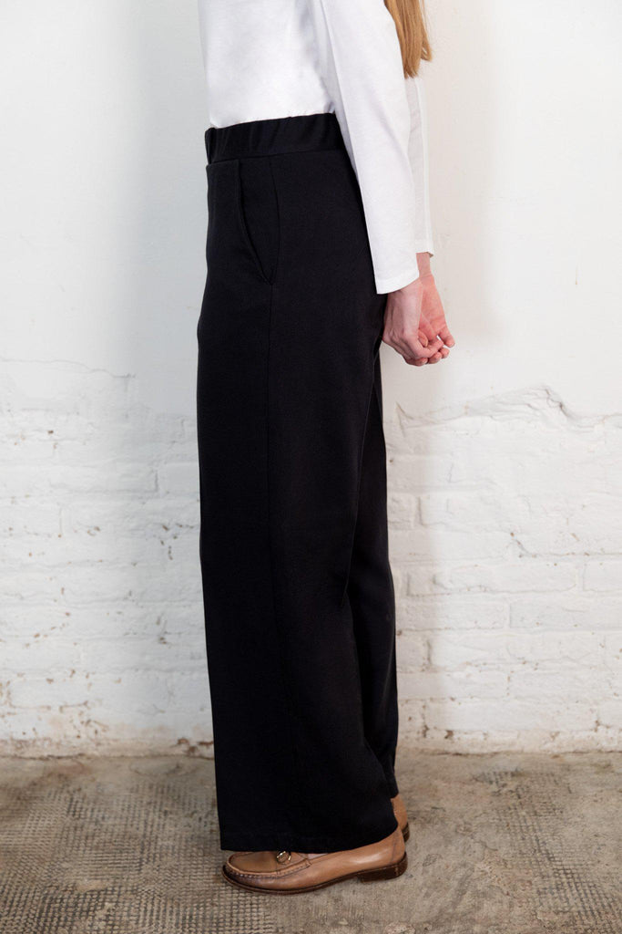 Aequem.com Shop Women's Ethical Fashion & Women's Sustainable Fashion Lamad Trousers in Black-Bottoms-The Nordic Leaves