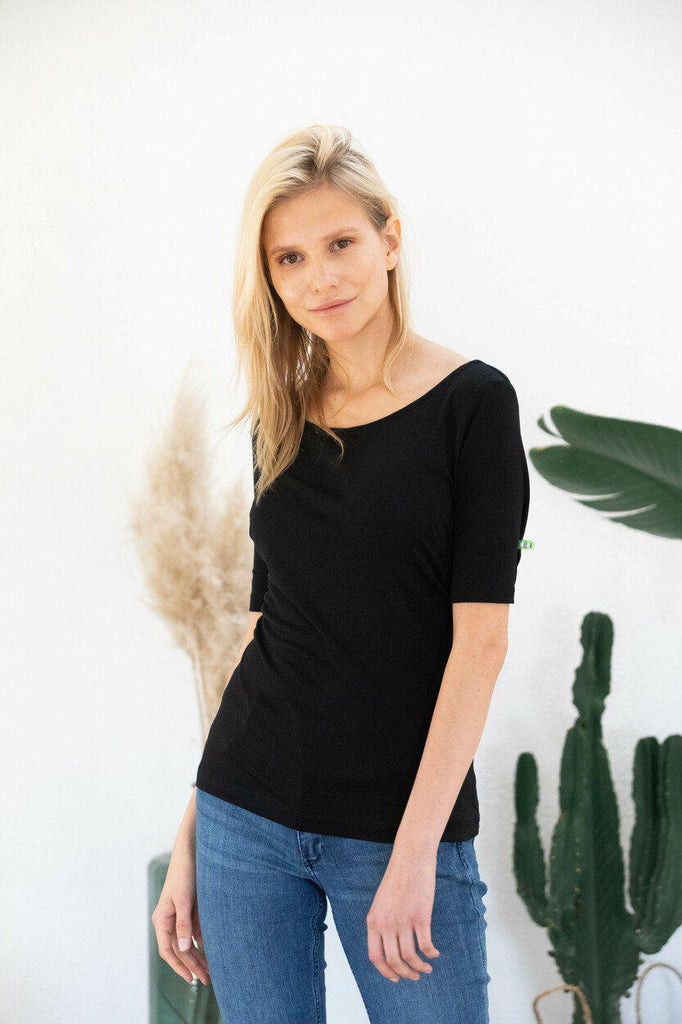 Aequem.com Shop Women's Ethical Fashion & Women's Sustainable Fashion T-shirt Jasmine in Black-T-shirts-AVANI