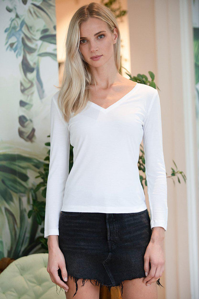 Aequem.com Shop Women's Ethical Fashion & Women's Sustainable Fashion Top Laurier in White-Tops-AVANI