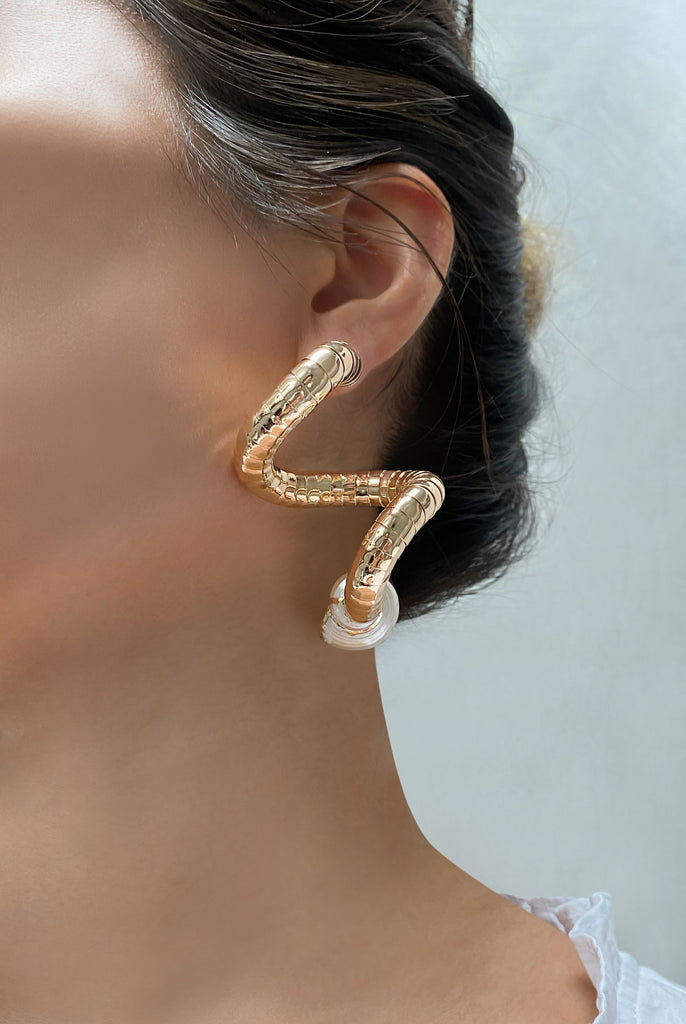 Aequem.com Shop Women's Ethical Fashion & Women's Sustainable Fashion Wavy Earrings with recycled gold-Jewellery-Carolina Wong (UK)