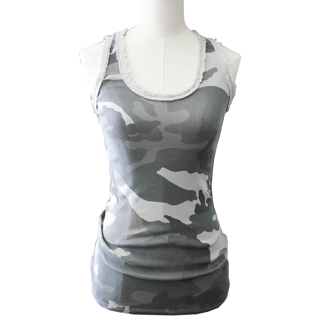 Trendy urban camo top met lovertjes dames