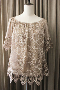Romantische Brede stretch blouse met borduursel
