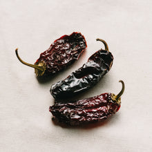Load image into Gallery viewer, Dried Chipotle Chillies
