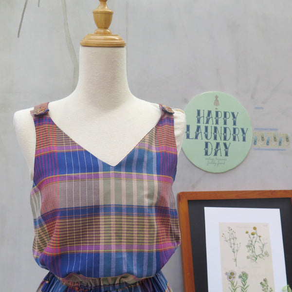 Checks checked! | Vintage 1980s-does-1950s Plaid checkered Summer-ready Sundress