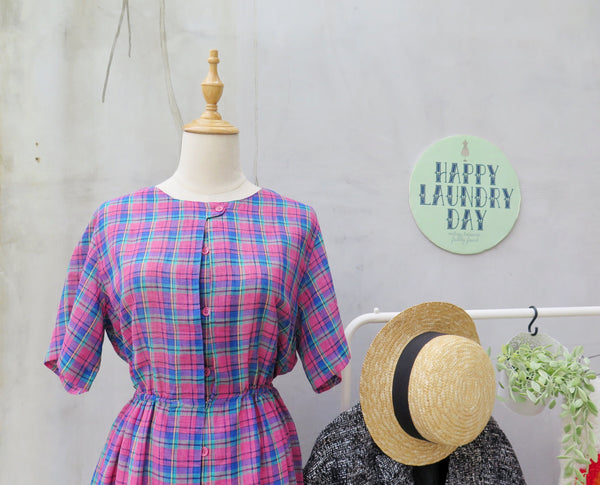 Henny Penny | Vintage 1950s 1960s Fuchsia pink and turquoise gingham plaid Middle Slit button dress