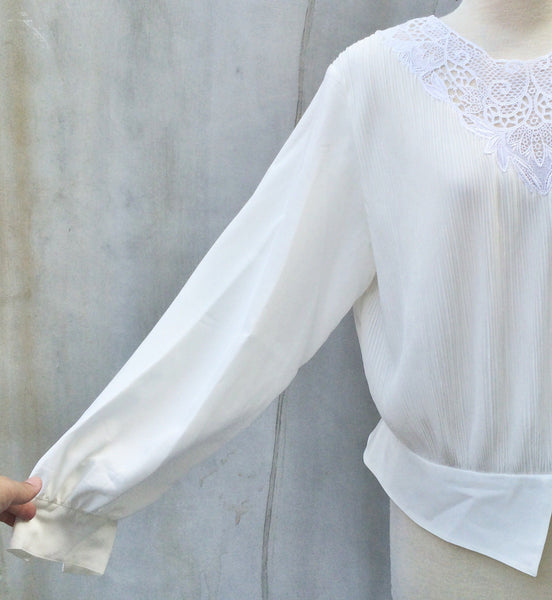 SALE | White Light | Vintage micro pleated 1970s does 1920s tuxedo waistband Lace Blouse