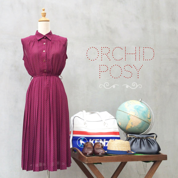 Orchid Posy | Floral print dark burgundy Vintage 1970s pleated sleeveless Dress