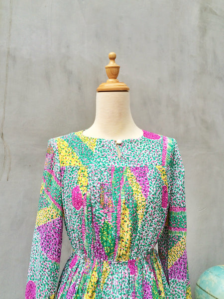 Painter's Point | Rare Vintage 1970s watercolor Pointillism Matisse inspired Micro-pleated Retro Dress