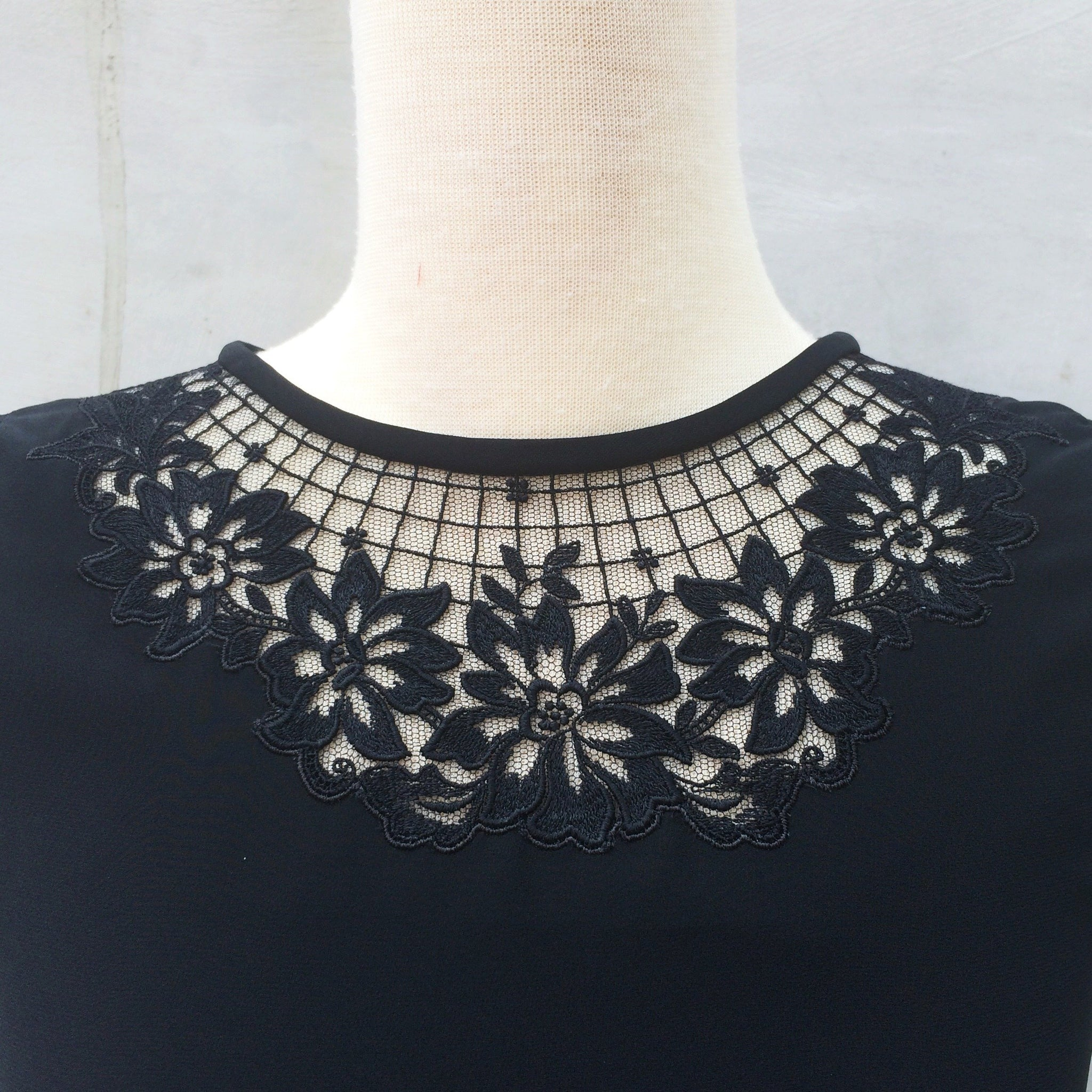 Dark Beauty | Vintage 1970s 1980s floral Laced cut-out neckline collar Black Beauty flirty skirt Dress