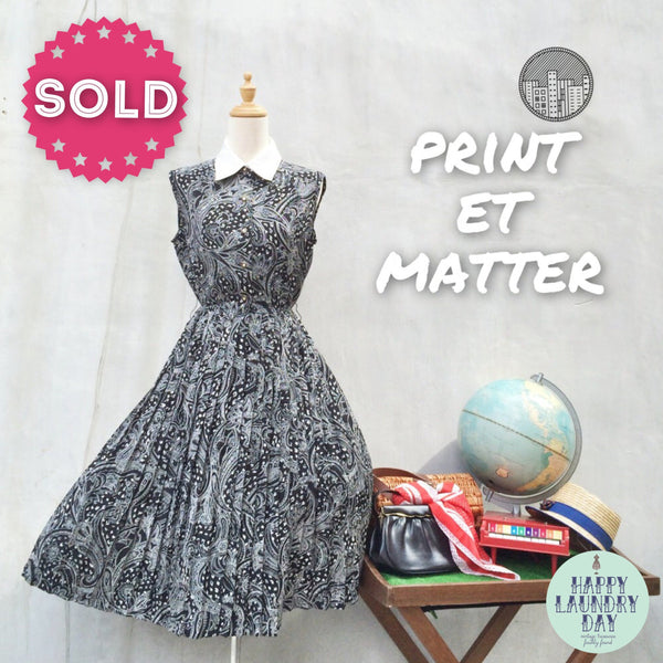 Print et Matter | Paisley print Vintage 1970s double-collar Pleated day dress