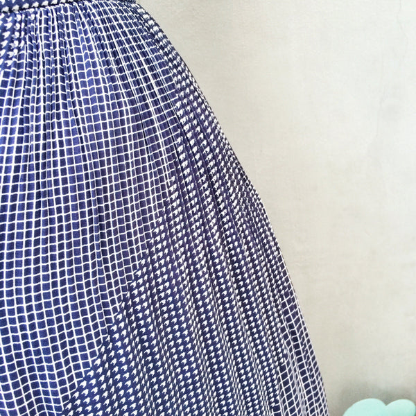 A Hound's Checkered Past | Vintage Evan Picone 1960s 1970s Checks and Houndstooth print Geometric print Pleated skirt | Classic patterns