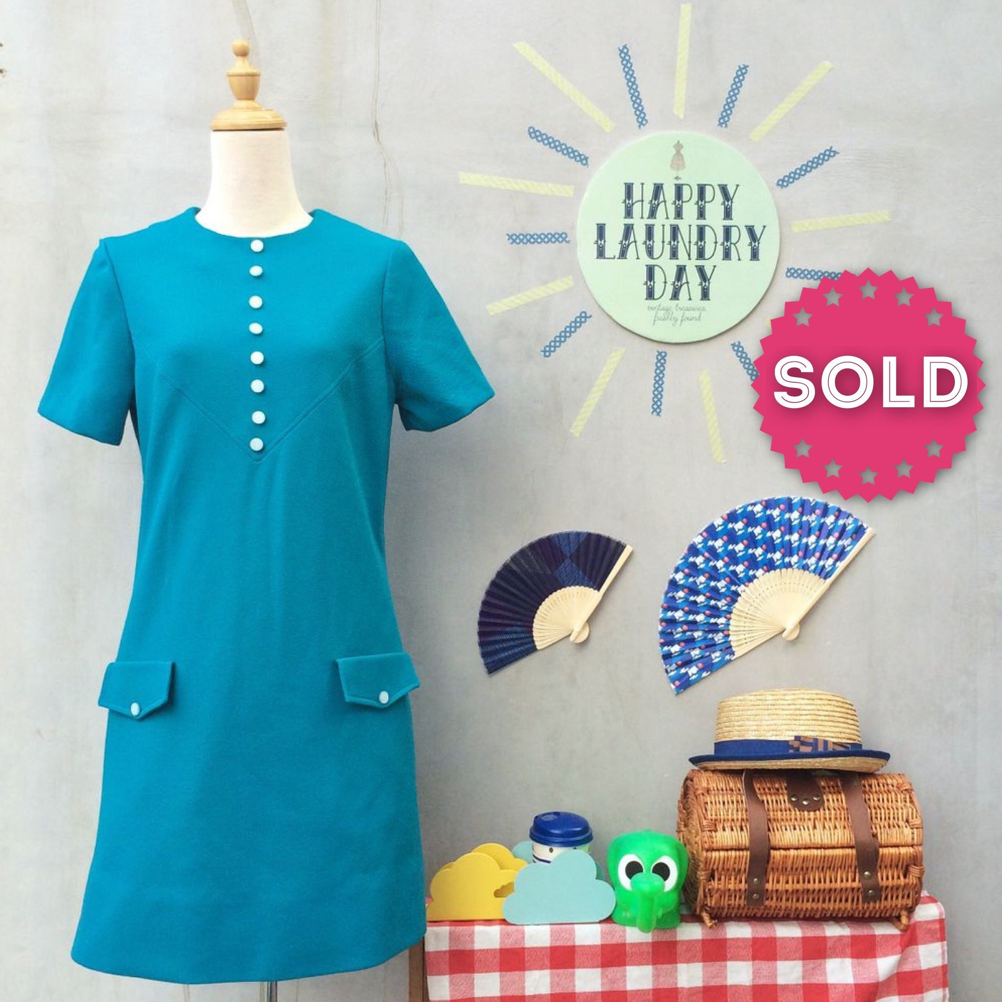 Teal appeal | Vintage 1960s twiggy mod retro London Shift Dress