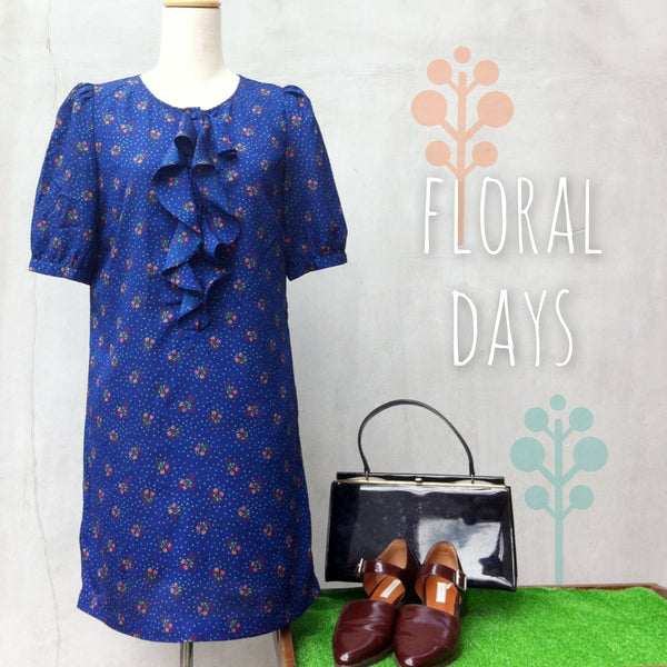 Floral Days | Retro 70s Small floral print Indigo blue Ruffle front Tunic Dress