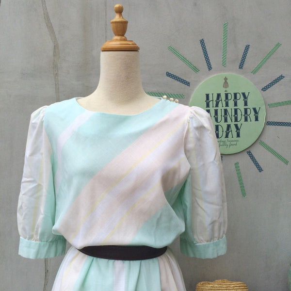 Gentle Gina | Vintage 1970s 1980s pastel Blue Pink wide stripes Dress