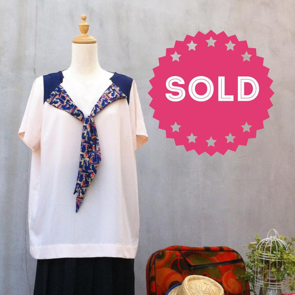 Ship Ahoy! | Vintage 80s Sailor sailboat Nautical summer blouse