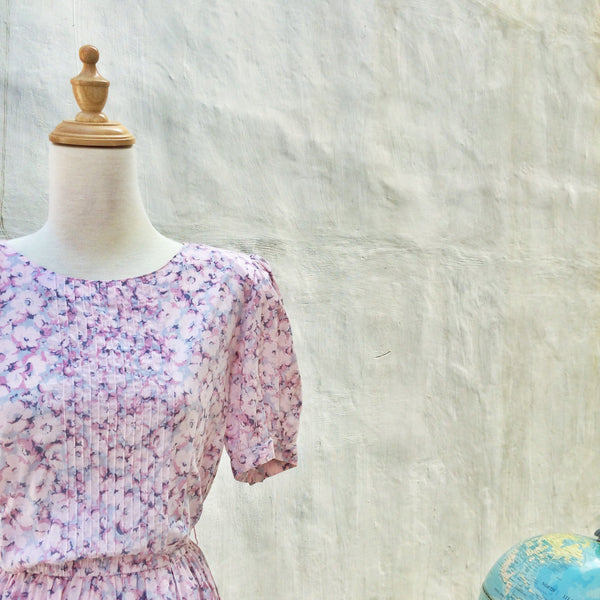 SALE! | Pretty in Pink | Vintage 1980s does 1940s floral tea dress with Pockets