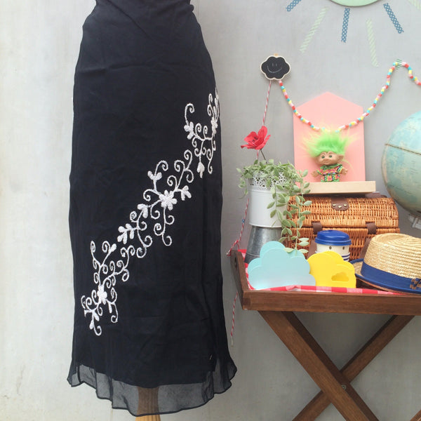 SALE! | Old School Traveller | Vintage 1990s-does-1920s cotton Black Maxi skirt