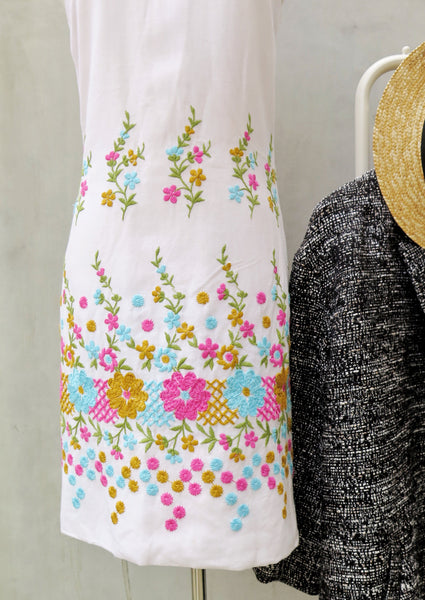 Must Have! | Mad Men Macrame | Vintage 1950s 1960s embroidered Floral shift Dress | Mod retro Mad Men Style