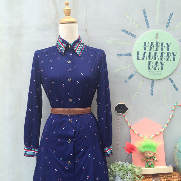 Mix Match | Vintage 1970s Nautical feel Sporty & Elegant Long Sleeve Navy Blue Button down Shirt Dress